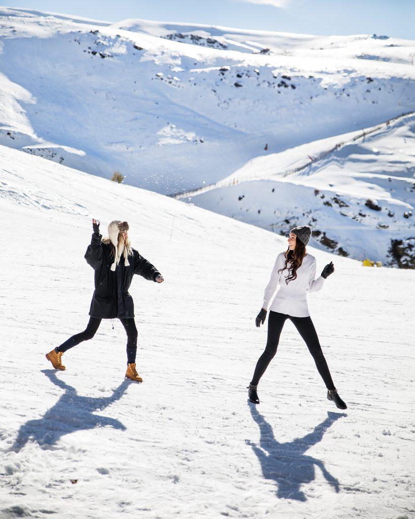 Ski In Sierra Nevada - El Lodge